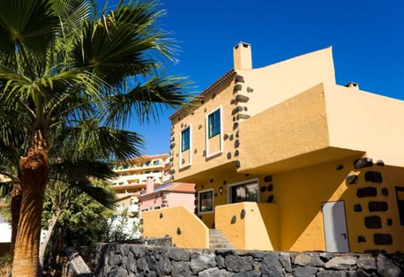 107141-hotel-apartments-isabel---hotel-costa-adeje---bungalow---exterior-area.jpg