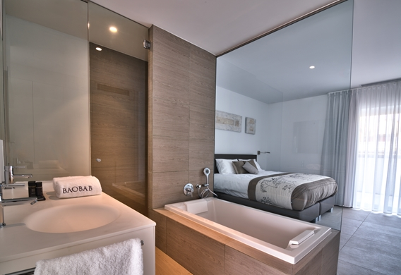 Serenity Rio Bedroom with en Suite Bathroom (1).jpg