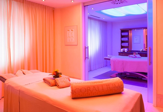 inside-indoor-treatments-room-villa-del-conde-lopesan-thalasso_edited.jpg