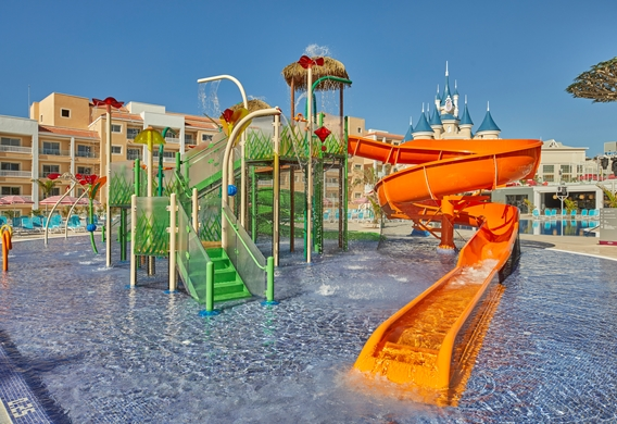 fbpt_tfi_pool_waterpark_002.jpg