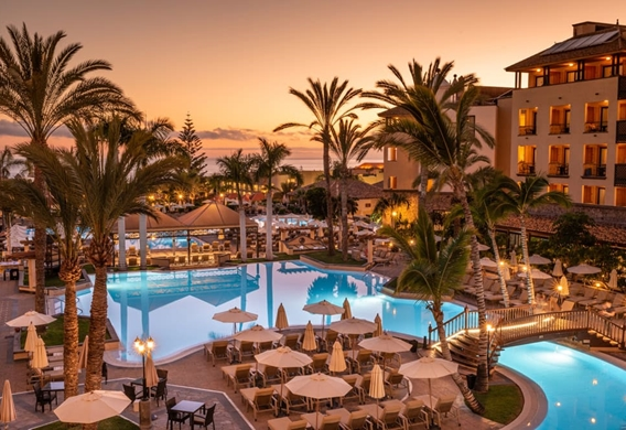gf-gran-costa-adeje-pools-4.jpg