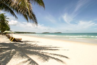 World___Thailand_Sandy_beach_in_the_resort_of_Hua_Hin__Thailand_061796_.jpg