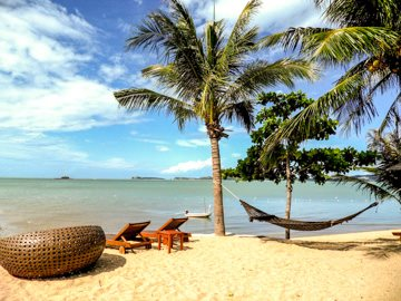 World___Thailand_Summer_holiday_in_the_resort_of_Hua_Hin__Thailand_061790_.jpg