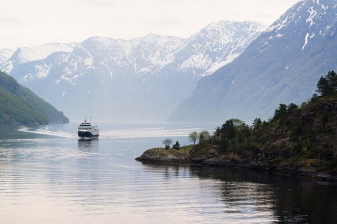 norway in a nutshell railway trip from oslo bergen fjords tour