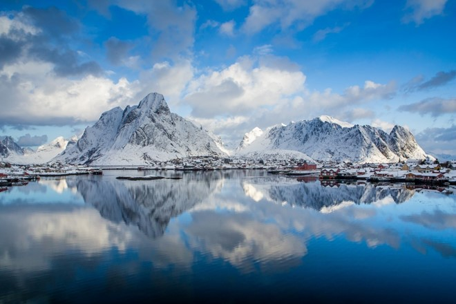 Reine overview winter (Custom) (2).jpg
